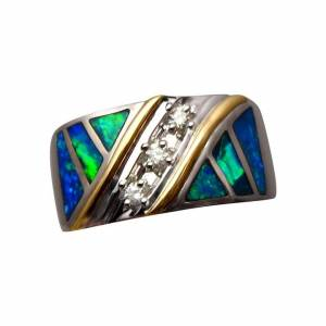 Opal ring for men in a wide band of gold