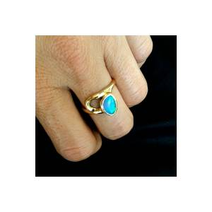 Opal Ring 18k Yellow Gold Free Form