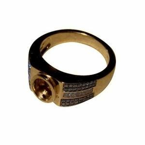 Heavy solid 14k gold ring